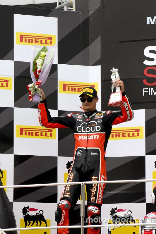 Chaz Davies, Ducati Team, sul podio