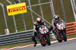 Jordi Torres, Aprilia Racing Team; Leon Haslam, Aprilia Racing Team