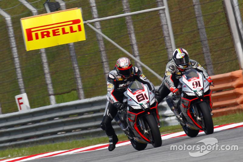 Хорди Торрес, Aprilia Racing Team и Леон Аслам, Aprilia Racing Team