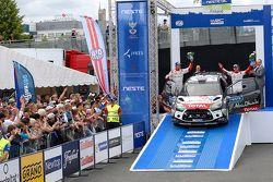 المركز الثالث مادس أوستبرغ وجوناس أندرسون، سيتروين دي إس3 دبليو آر سي، فريق رالي سيتروين العالمي