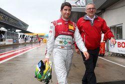 Mike Rockenfeller bersama Jürgen Jungklaus, technical director Audi Sport Team Phoenix Audi RS 5 DTM