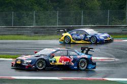Mattias Ekström, Audi Sport Team Abt Sportsline, Audi A5 DTM leads Gary Paffett, ART Grand Prix Merc