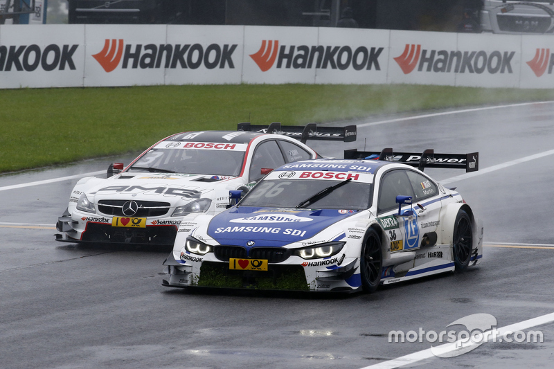 Максім Мартін, BMW Team RMG BMW M4 DTM лідирує  Пол ді Реста, HWA AG Mercedes-AMG C63 DTM