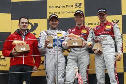 Победитель гонки: Маттиас Экстрем, Audi Sport Team Abt Sportsline, Audi A5 DTM, второе место - Гэри