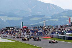 Start: Felix Rosenqvist, Prema PowerTeam Dallara Mercedes-Benz ile liderliği alıyor