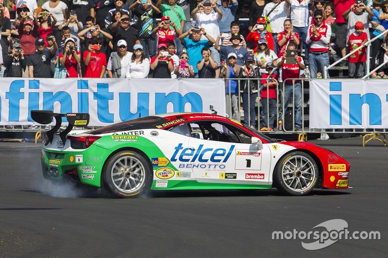 #1 Ricardo Pérez de Lara, Ferrari