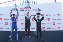 Podium : 1er Graham Rahal, Rahal Letterman Lanigan Racing Honda, 2e Justin Wilson, Andretti Autosport Honda, 3e Simon Pagenaud, Team Penske Chevrolet
