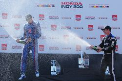 Podium: second place Justin Wilson, Andretti Autosport Honda, third place Simon Pagenaud, Team Pensk