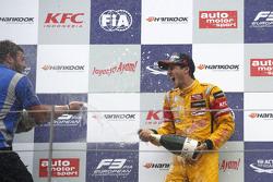1er Antonio Giovinazzi, Jagonya Ayam with Carlin Dallara Volkswagen