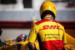 Un mécanicien Andretti Autosport