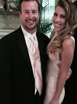 Kurt Busch com Ashley Van Metre