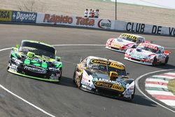 Leonel Pernia, Las Toscas Racing Chevrolet and Mauro Giallombardo, Maquin Parts Racing Ford and Mati