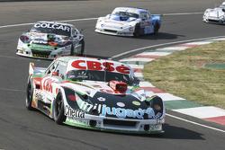 Карлос Окуловіч, Maquin Parts Racing Torino та Гастон Маццакане, Coiro Dole Racing Chevrolet та Феде