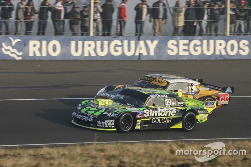Mauro Giallombardo, Maquin Parts Racing Ford ve Leonel Pernia, Las Toscas Racing Chevrolet