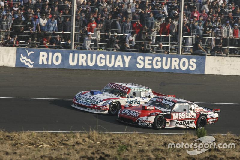 Матіас Халаф, Catalan Magni Motorsport Ford та Матіас Россі, Donto Racing Chevrolet