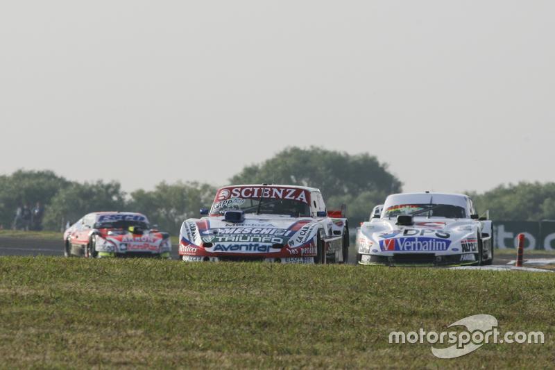 Матіас Халаф, Catalan Magni Motorsport Ford та Леонел Сотро, Alifraco Sport Ford та Гільєрмо Ортеллі