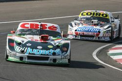 Carlos Okulovich, Maquin Parts Racing Torino and Gaston Mazzacane, Coiro Dole Racing Chevrolet