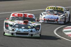 Карлос Окуловіч, Maquin Parts Racing Torino та Гастон Маццакане, Coiro Dole Racing Chevrolet