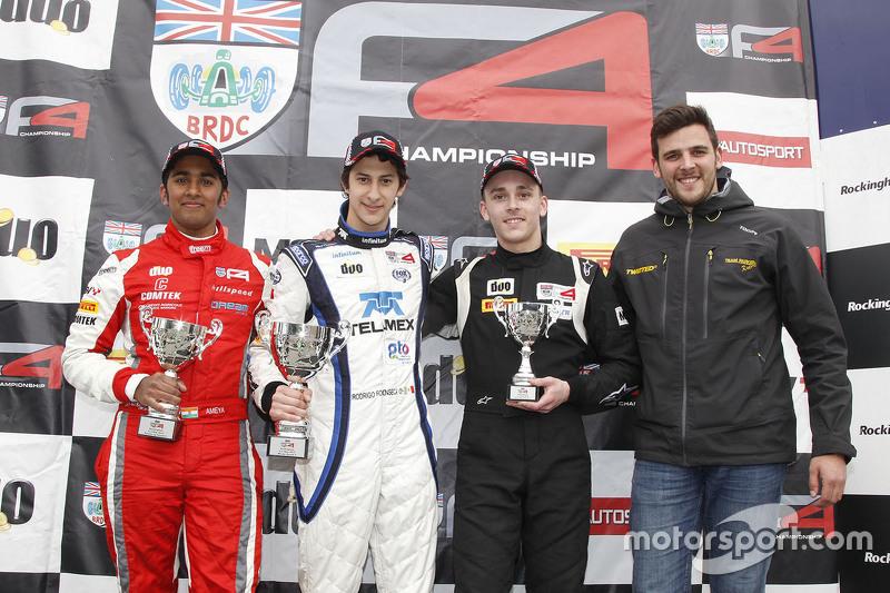 Podium: race winner round four Rodrigo Fonseca, Lanan Racing, second place Ameya Vaidyanathan, Hills