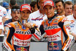 Ganador de la pole Marc Márquez, Repsol Honda Team, el segundo puesto de Dani Pedrosa, Repsol Honda