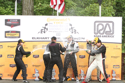Class podium: winners Chad Gilsinger, Ryan Eversley, second place Sarah Cattaneo, Owen Trinkler, thi