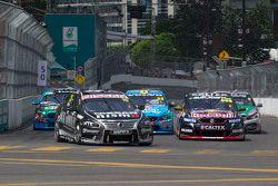 Todd Kelly lidera el inicio, Nissan Motorsports