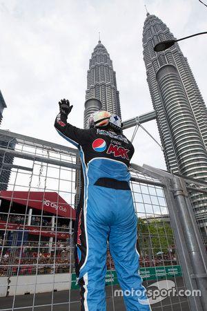 Kazanan: Chaz Mostert, Prodrive Racing Avustralya Ford