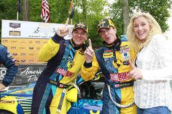Ganador de la carrera Matt Plumb, Hugh Plumb