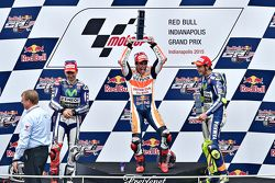 Marc Marquez, Repsol Honda Team, segundo colocado Jorge Lorenzo, Yamaha Factory Racing, terceiro colocado Valentino Rossi, Yamaha Factory Racing