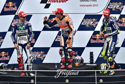 Podio: vincitore Marc Marquez, Repsol Honda Team, secondo Jorge Lorenzo, Yamaha Factory Racing, terzo Valentino Rossi, Yamaha Factory Racing