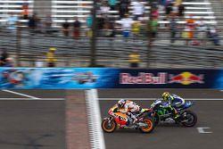 Valentino Rossi, Yamaha Fabrika Takımı ve Dani Pedrosa, Repsol Honda Takımı