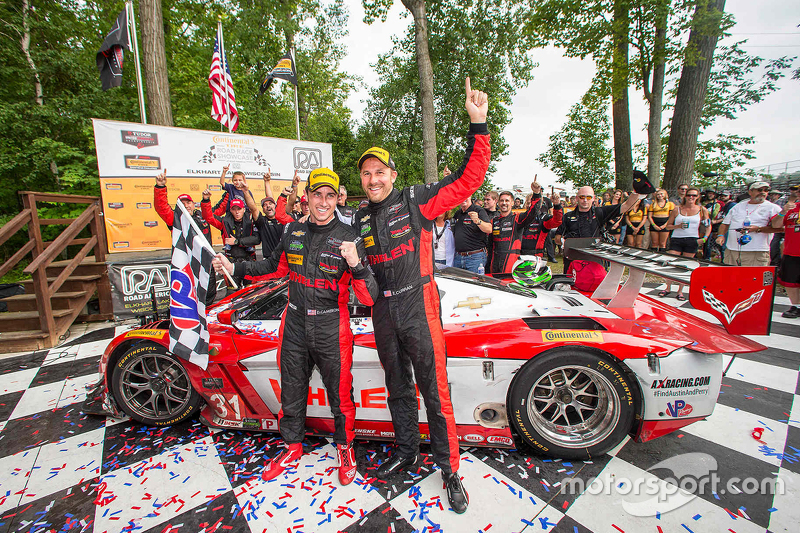Los ganadores #31 Action Express Racing Corvette DP: Eric Curran, Dane Cameron