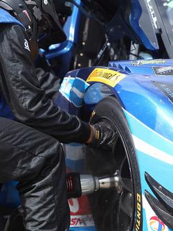 #90 VisitFlorida.com Racing Corvette DP crew member