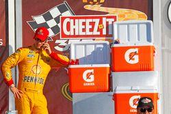 El ganador, Joey Logano, Team Penske