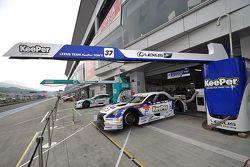 #37 Lexus Team KeePer Tom's Lexus RC F: Andrea Caldarelli, Ryo Hirakawa