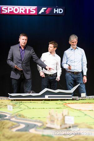 Circuito de Scalextric último de Martin Brundle presentado por los comentaristas de Sky Sports Anthony Davidson y Damon Hill