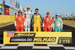 Önceki Milyonerler: Valdeno Brito, Ricardo Maurício, Thiago Camilo, Ricardo Zonta, Rubens Barrichell