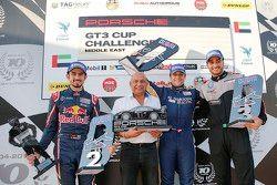 منصة تتويج السباق الثاني للجولة الخامسة في دبي