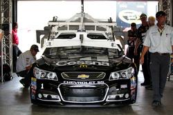 Jamie McMurray, Chip Ganassi Racing Chevrolet pasa por la inspección tecnología