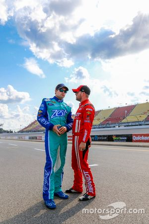 Ricky Stenhouse Jr., Roush Fenway Racing Ford and Michael Annett, HScott Motorsports Chevrolet