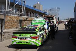 El auto chocado de Kyle Busch, Joe Gibbs Racing Toyota