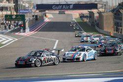 فريق سكاي دايف دبي يفوز بسباق البحرين