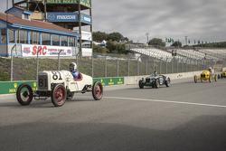 Bruce Hudkins, 1922 Ford Model T Speedster y Conrad Stevenson, 1939 Alfa Romeo 6C 2500 Super Sport