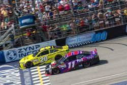 Partenza: Matt Kenseth, Joe Gibbs Racing Toyota e Denny Hamlin, Joe Gibbs Racing Toyota