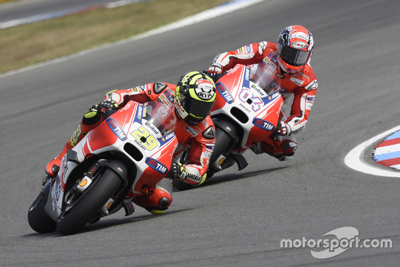 Ducati Desmosedici 2015 - Andrea Iannone e Andrea Dovizioso
