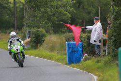 Kazadan sonra kırmızı bayrak