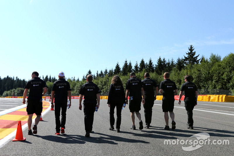 Lotus F1 Team track walk