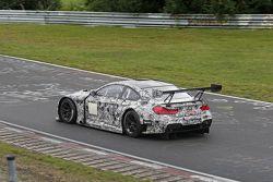 Der BMW M6 GT3 bei Testfahrten auf der Nürburgring-Nordschleife