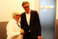 (L to R): Bernie Ecclestone, and Frank Hoffmann, RTL Television Programme Managing Director announce a contract extension for RTL to show F1 through 2016-17