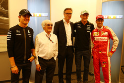 (L to R): Nico Rosberg, Mercedes AMG F1; Bernie Ecclestone, and Frank Hoffmann, RTL Television Programme Managing Director; Nico Hulkenberg, Sahara Force India F1; and Sebastian Vettel, Ferrari, as RTL announce a contract extension to show F1 through 2016-17